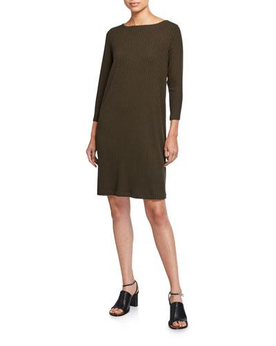 Plus Size Bateau-Neck 3/4-Sleeve Ribbed Shift Dress