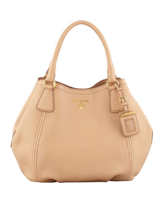 Daino Medium Shoulder Tote Bag, Beige