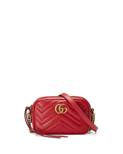 a47f6290c9c4e3 Quick Look. Gucci · GG Marmont Mini Matelasse Camera Bag ...
