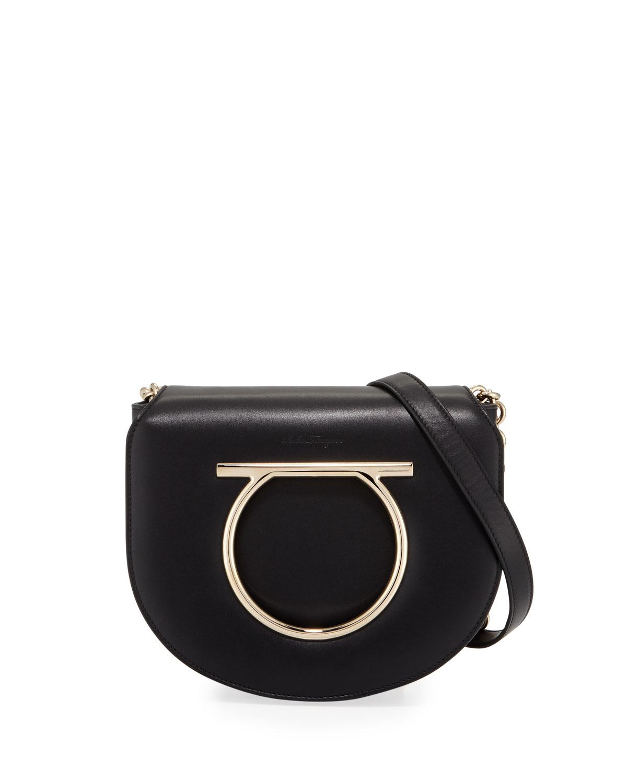 Medium Vela Leather Shoulder Bag
