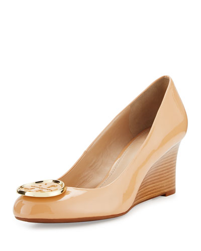 Twiggie Logo Patent Wedge Pump, Light Oak