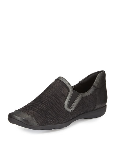 Garda Comfort Slip-On Sneaker, Black Aryn