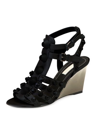 Studded Caged Wedge Sandal, Noir