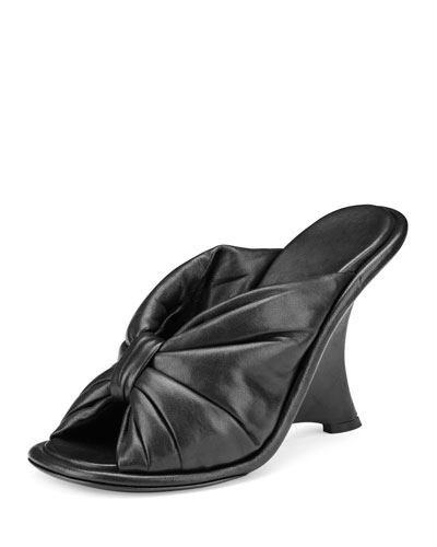 Bow Leather Wedge Sandal, Noir