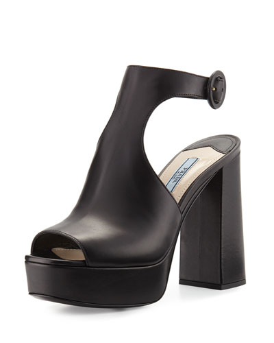 Leather Ankle-Wrap 115mm Sandal, Black (Nero)