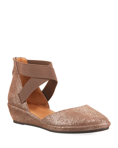 Noa Elastic Cross-Band Closed-Toe Wedge Sandals