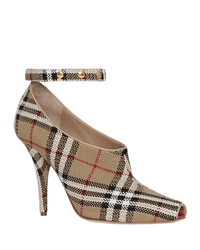 Blyth Check Runway Pumps