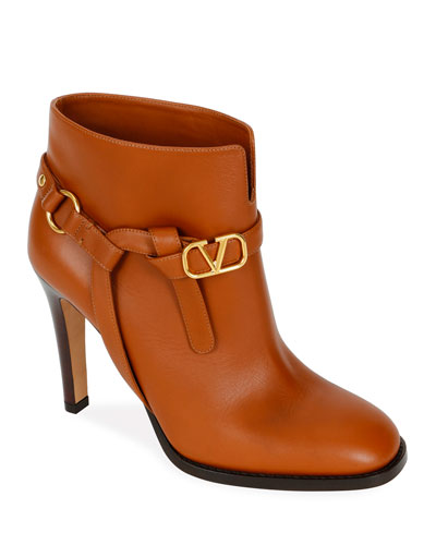 VLOGO Leather Booties