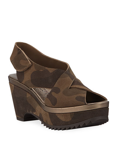 Fayre Crossover Platform Camo Sandals