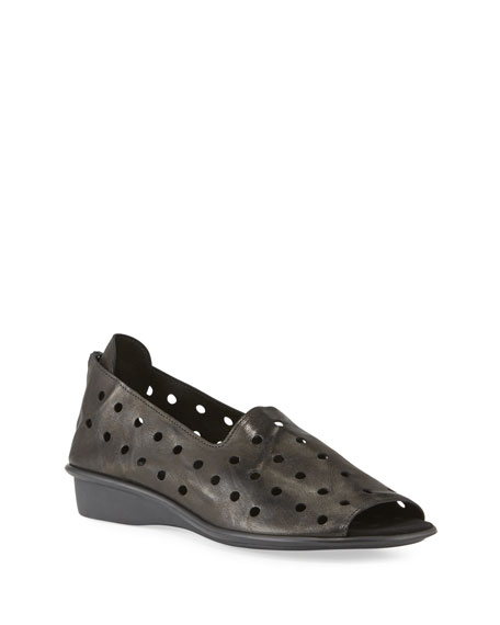 Sesto Meucci Edwina Perforated Comfort Sandals