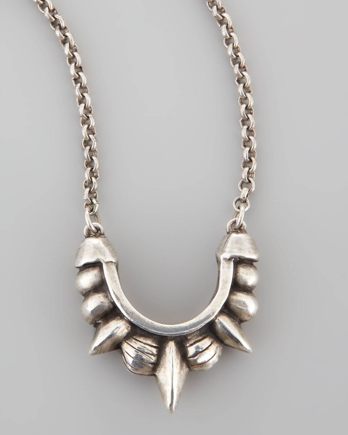 SMALL TRIBAL SPIKE NECKLACE