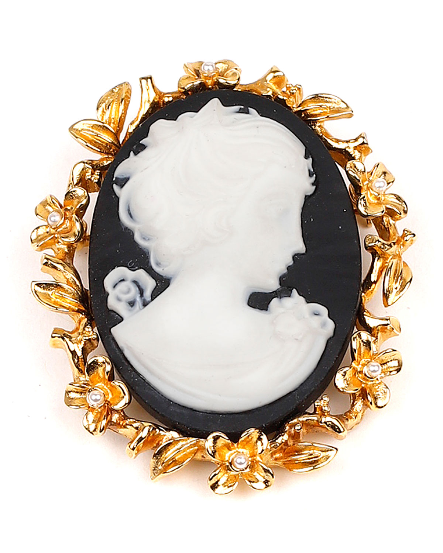 Cameo Gold Pin
