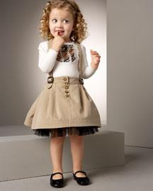 ملابس لللبنات الصغنونات