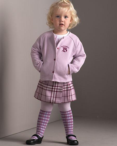 ملابس اطفال شتوية بنات 2013 - للبنات خطيرة ماركة موضة 2013 NM-0GTJ_mp.jpg