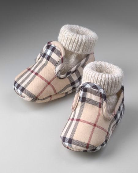 احلى فساتين الاطفال 2012 ملابس