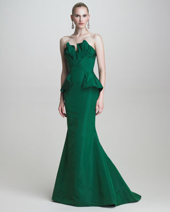 652397f818f You can buy Pace Wu s Oscar de la Renta gown from Neiman Marcus and  Bergdorf Goodman