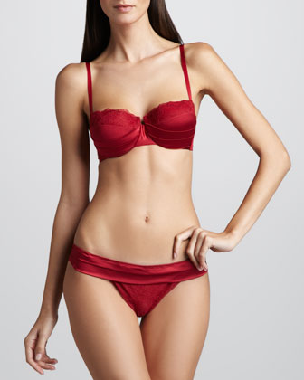 Lipstick Fever Demi Bra, Red