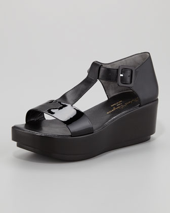 Pepo T-Strap Flat Form Patent Leather Sandal