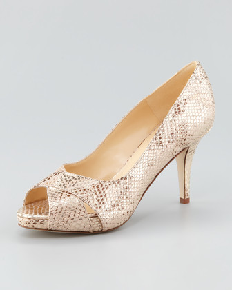billie patent peep-toe pump