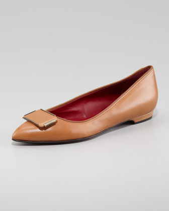 Pointed-Toe Leather Flat