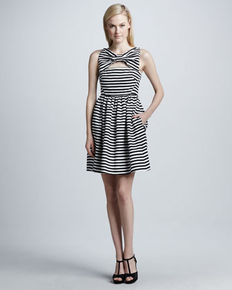 vivien dress with bow at neckline