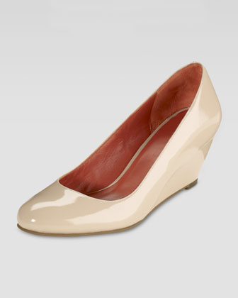 Air Lainey Patent Wedge Pump, Nougat